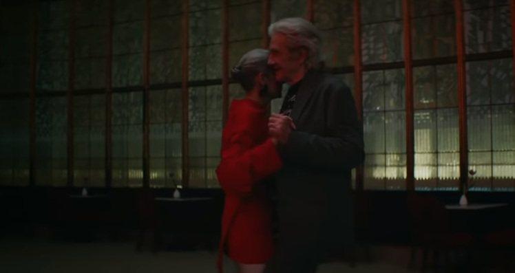 BALENCIAGA推出秋季系列廣告影片,以主題為「Live to Love」的...