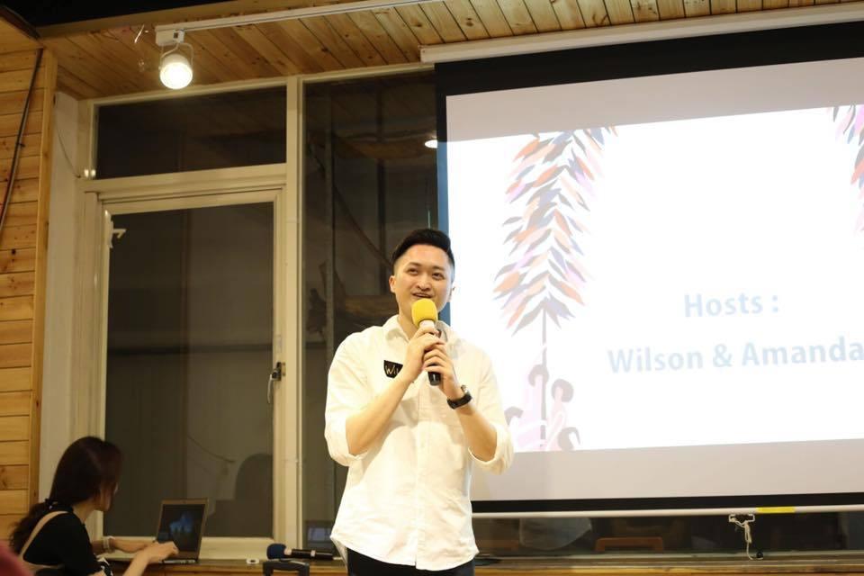 Vivian的未來老公Wilson是個斯文帥氣的男生。圖/中華i創客國際交流協會