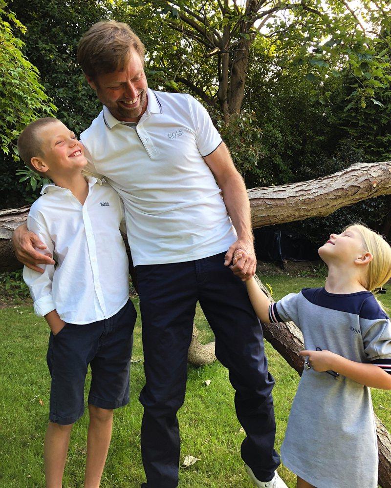 英國帆船運動員Alex Thomson的親子互動,真情流露。圖 / BOSS提供。