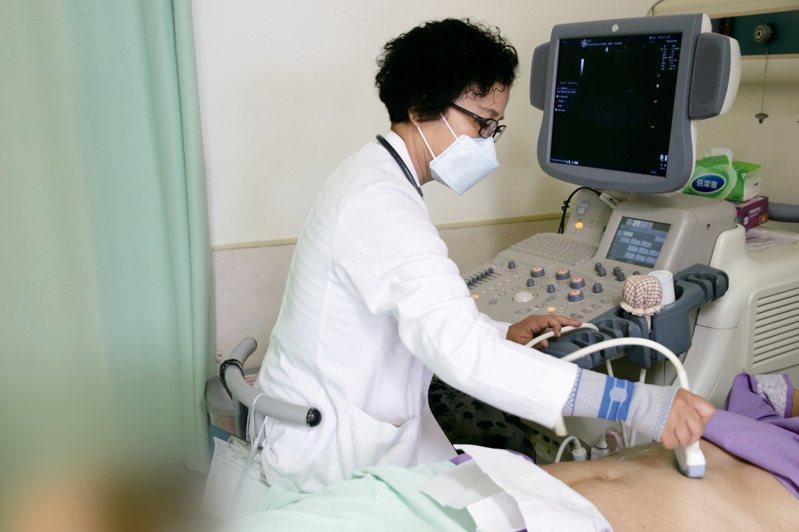 陳淑媜呼籲女性朋友要注意預防婦癌的發生。圖/台東基督教醫院提供
