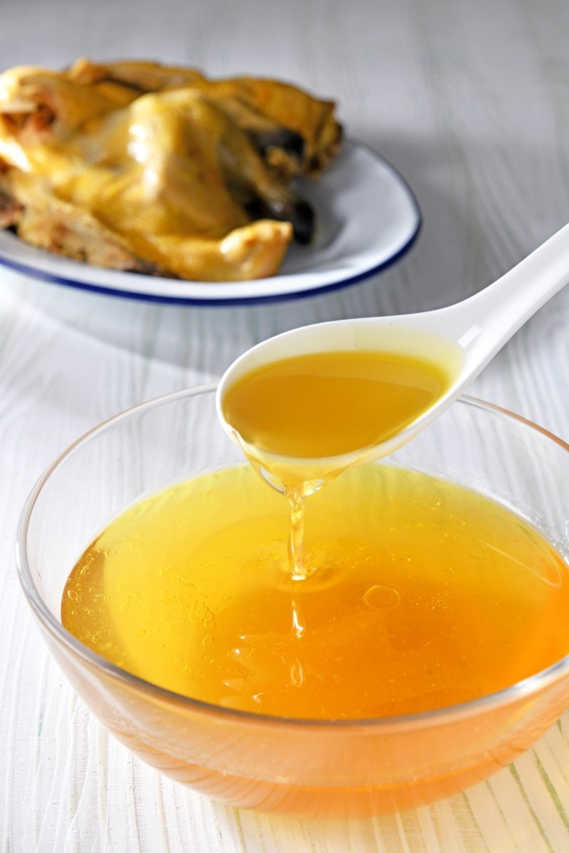 滴雞精保留了雞隻精華,含大量人體必需胺基酸,是適合孕婦、病患、體質虛弱者的營養補...