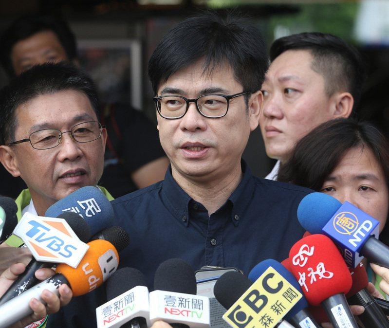 行政院前副院長陳其邁返鄉參選高雄市長,感謝台灣基進黨支持。記者劉學聖/攝影