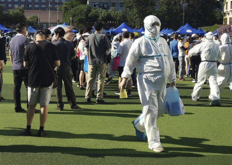 北京新冠肺炎疫情再起,今日確診病例中一名是急診科護士。圖/取自中新網