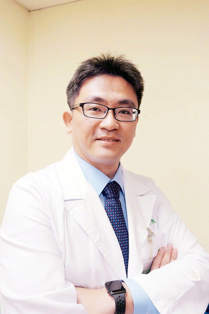 鍾旭東 亞東醫院泌尿外科主任 圖╱鍾旭東提供
