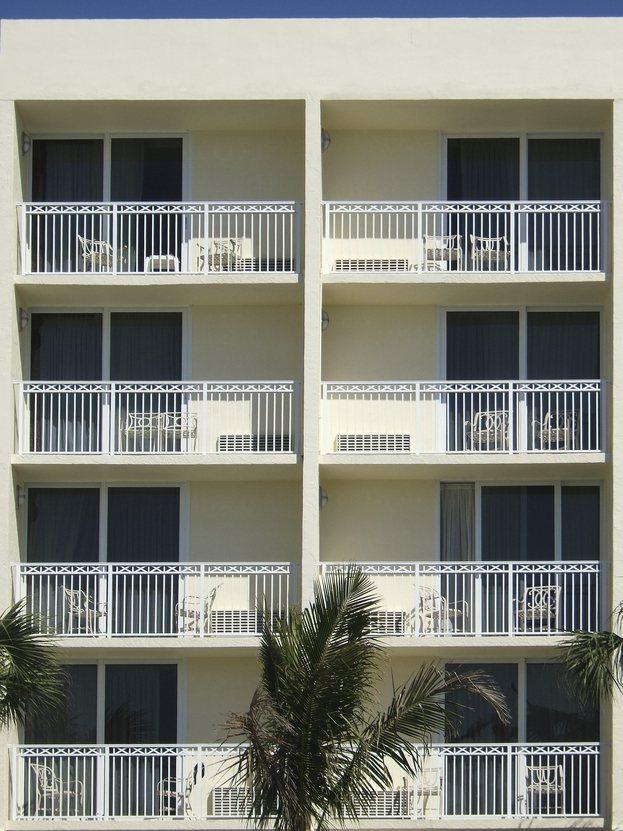 怕小孩跌落裝「隱形鐵窗」怕房價被砍 網曝:只會加分