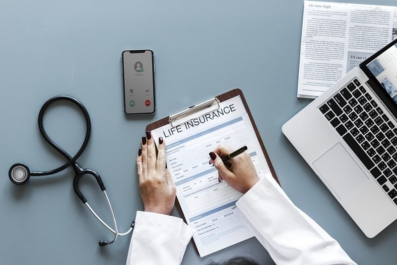 活得比存款準備的更長,究竟退休養老金要準備多少才夠? 圖/freepik.com