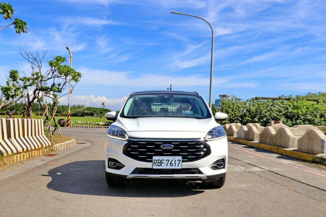 Kuga EcoBoost 180旗艦型將成為車系的主力銷售車款。 記者陳威任/...