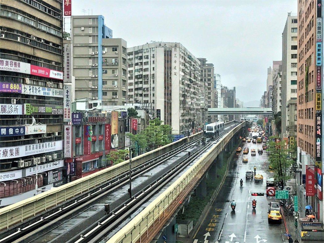 北市宣布實價每日揭露、棟棟可查。記者游智文/攝影