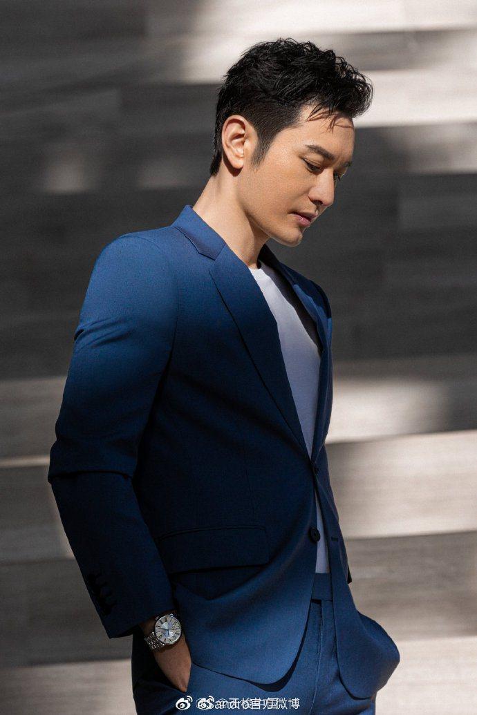 黃曉明演繹sandro Homme春夏男裝羊毛西服套裝,穿出成功人士的氛圍。圖/...