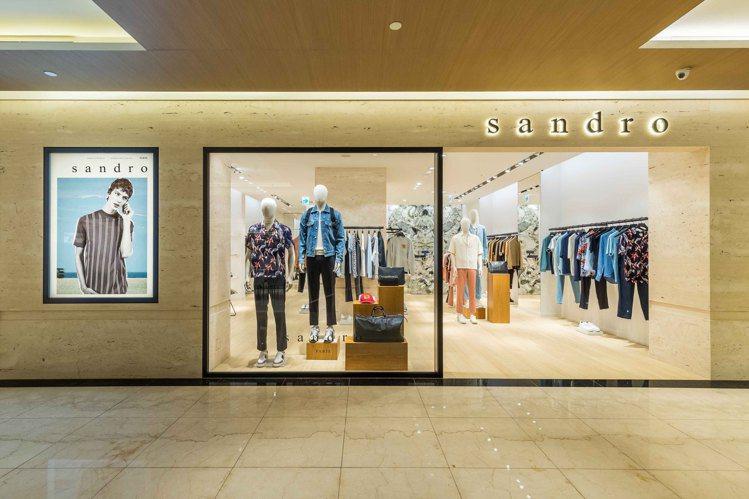 男裝sandro Homme在台灣首度開設專門店,選址於微風信義3樓。圖/san...