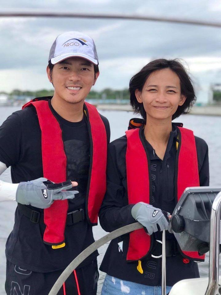 宥勝(左)老婆心臟開刀結果平安目前在醫院休養。圖/摘自臉書