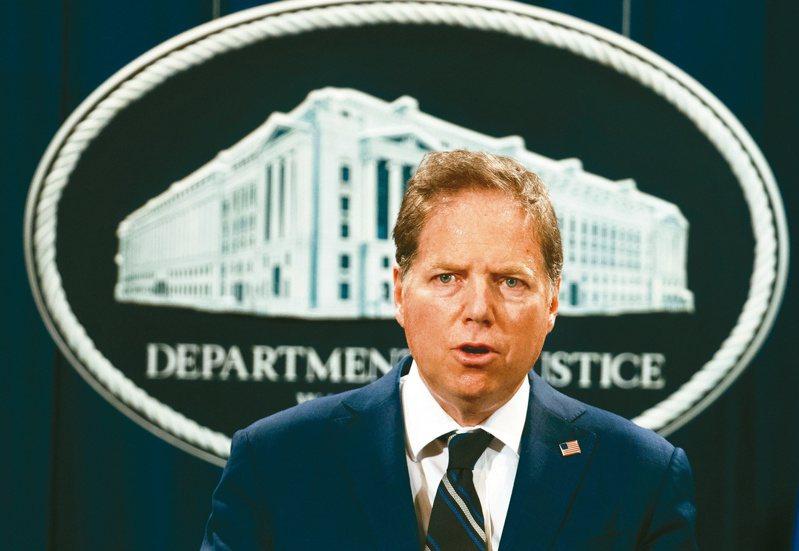 美國司法部宣布,紐約曼哈頓聯邦檢察官柏曼將卸下2年多的職務,卻遭柏曼反駁,表明拒絕辭職。(美聯社)