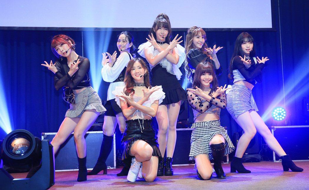 L.C.G.勵齊女孩台北出道演唱會總彩排。記者潘俊宏/攝影