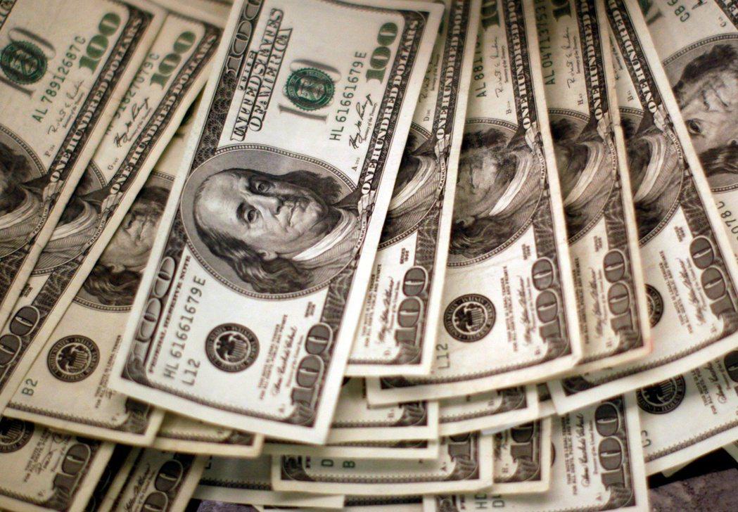 買保險也能分享到保險公司的經營成效!2020上半年疫情打亂了很多人的投資布局。 ...
