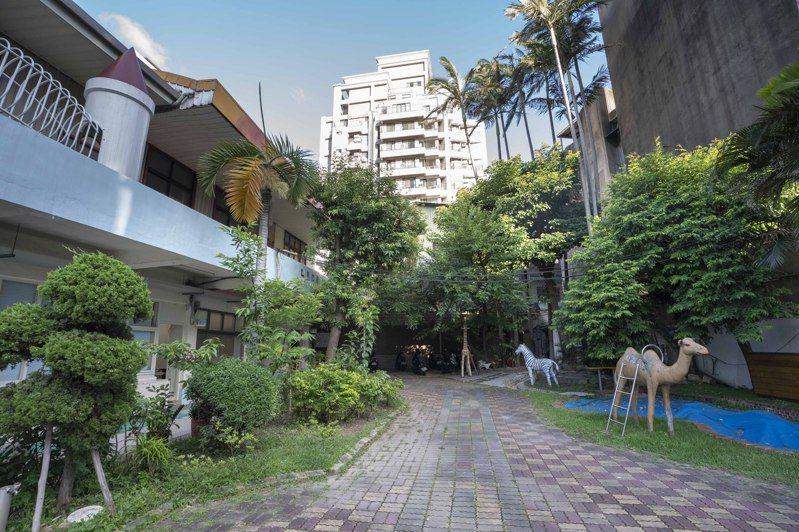新竹市立幼兒園於1923年創園至今,因老舊校舍不符合土地使用項目,數十年來無法整建。圖/新竹市政府提供
