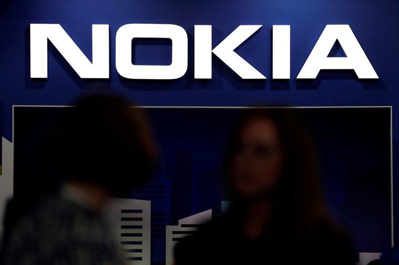 Nokia及工會今天指出,諾基亞計畫在法國子公司阿爾卡特朗訊公司(Alcatel-Lucent)裁減1233份工作,相當於裁掉在法國的1/3人力。 路透
