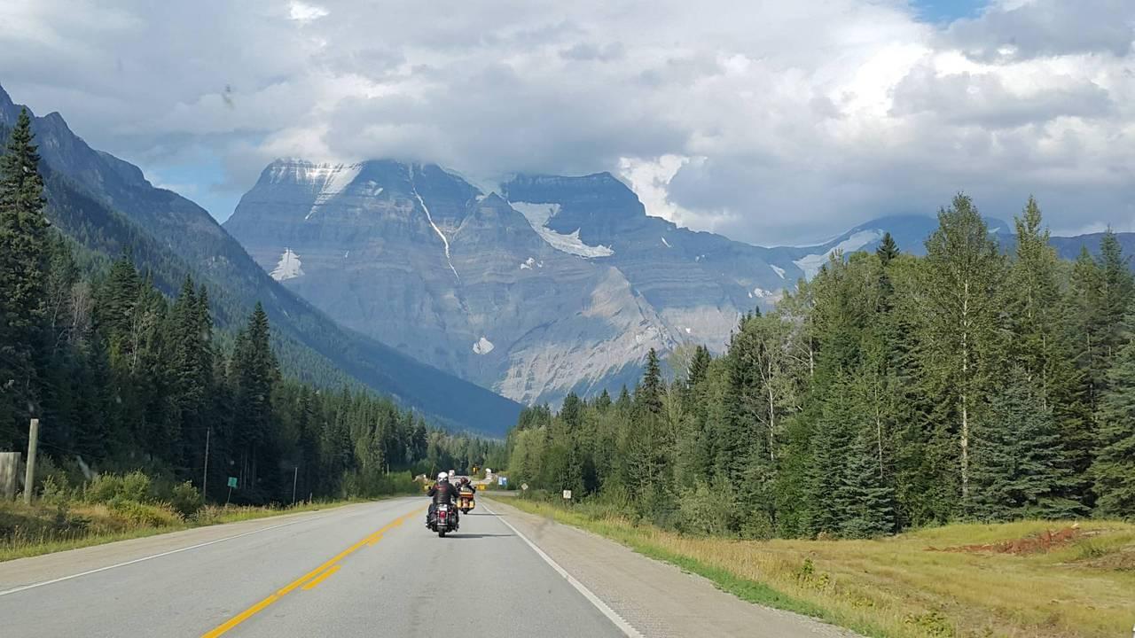 加拿大、美國沿路都是美麗的自然景色,重機之旅是挑戰自我實現,也留下無限壯闊的圓夢...