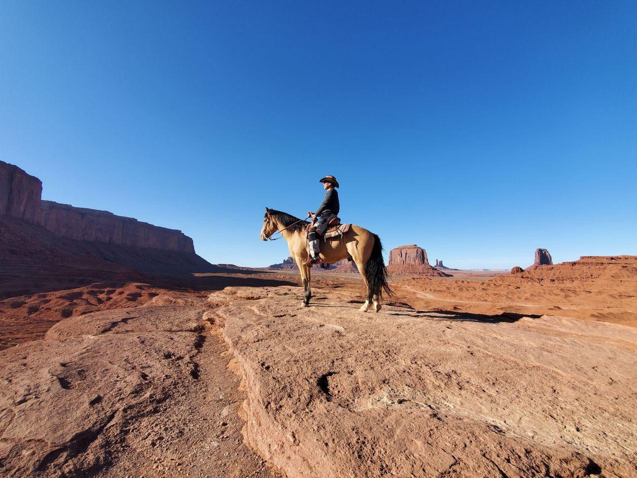 喜歡研究地質結晶的劉榮森,每到一處旅行,會細心觀察大地的肌理紋路,享受旅行也享受...