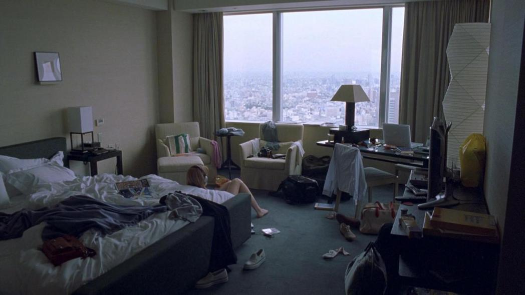 本片不但拍下東京的暖意,也記錄了天將亮之際,被療癒者的歸途。 圖/摘自BuzzF...