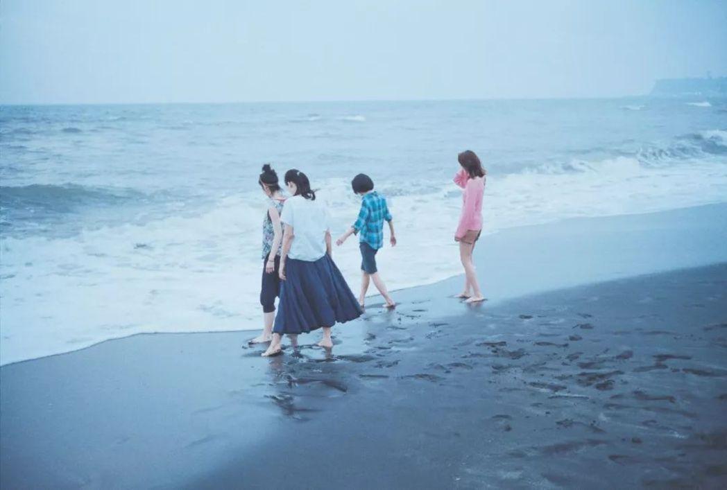 去過鎌倉多回,每每都希望在此多停留一些時間,把海天一色的美景收納在記憶裡,體會如...