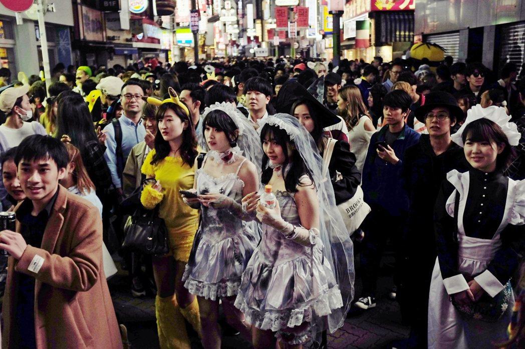 以東京人口數將近1,400萬人來算,發放金額就高達1.4兆日圓(約新台幣3,92...