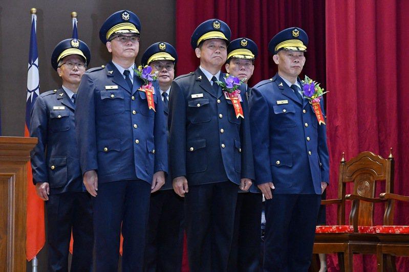台中市警局今天上午舉辦新任分局長、大隊長布達、交接典禮。圖/台中市警局提供