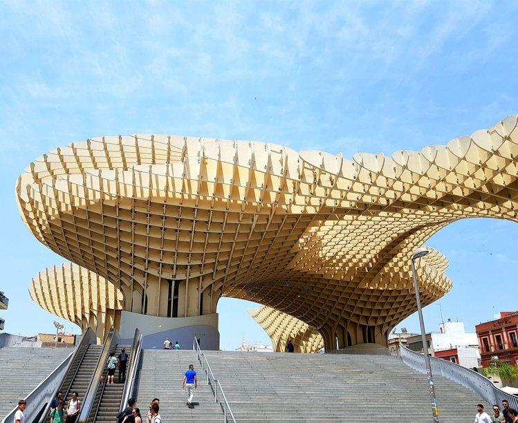 距離赫雷茲大約一小時車程的賽維亞都市陽傘(Metropol Parasol)木建...