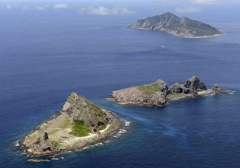 有4艘中國海警船今天航行在釣魚台海域,日本海上保安本部認為「領海」遭入侵,提出警告,要求儘速駛離。圖為釣魚台列嶼空照圖。路透