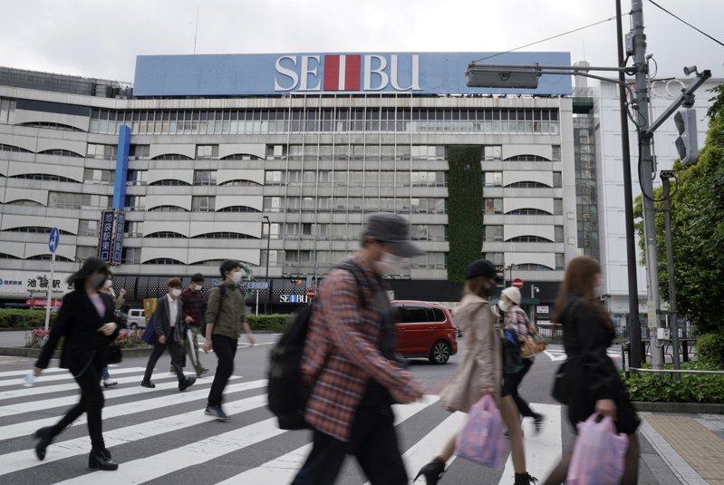 日本厚生勞動省最新統計今年2月至6月12日受新冠肺炎疫情影響有2萬4660人已經或將要被解雇。歐新社