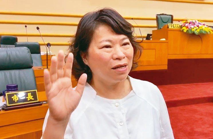 嘉義市長黃敏惠昨天表示,日環食活動至少湧入20萬人次。 記者李承穎/攝影