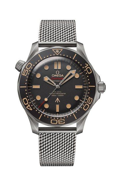 Alan的第一只手表是歐米茄海馬潛水300米系列007版腕表,而這是2020年版...