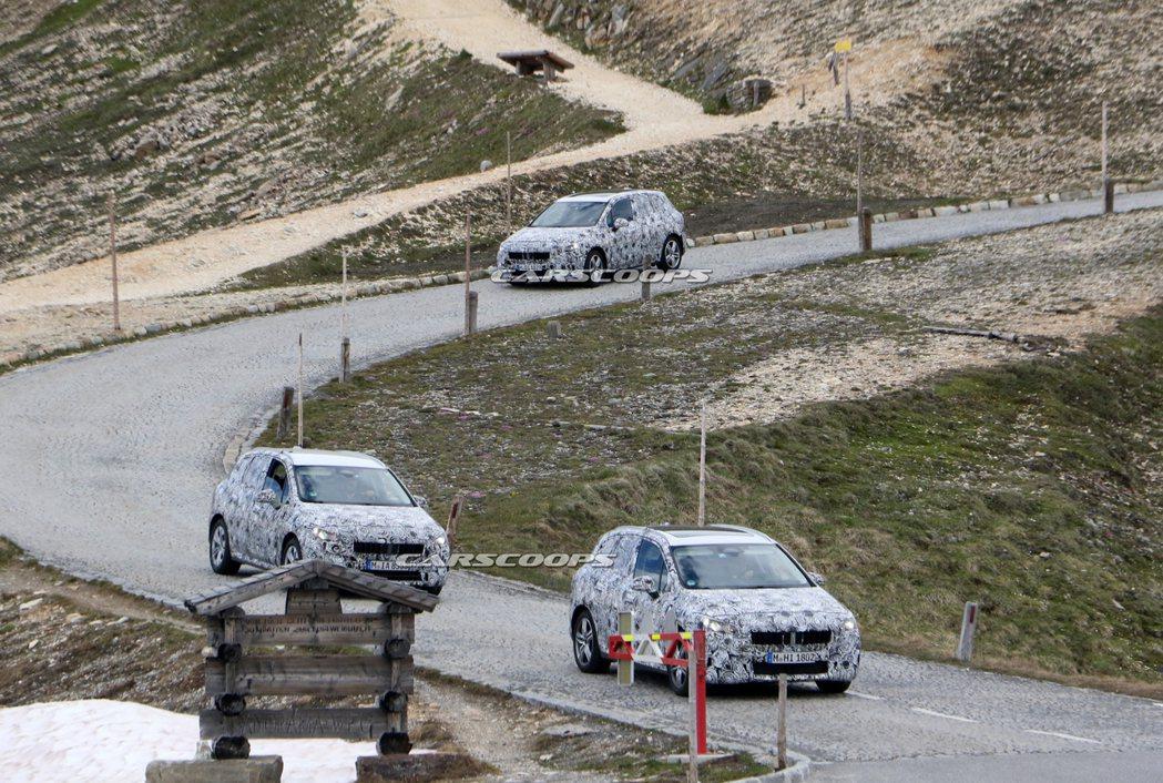 大改款BMW 2 Series Active Tourer偽裝車接連現身,間接粉...