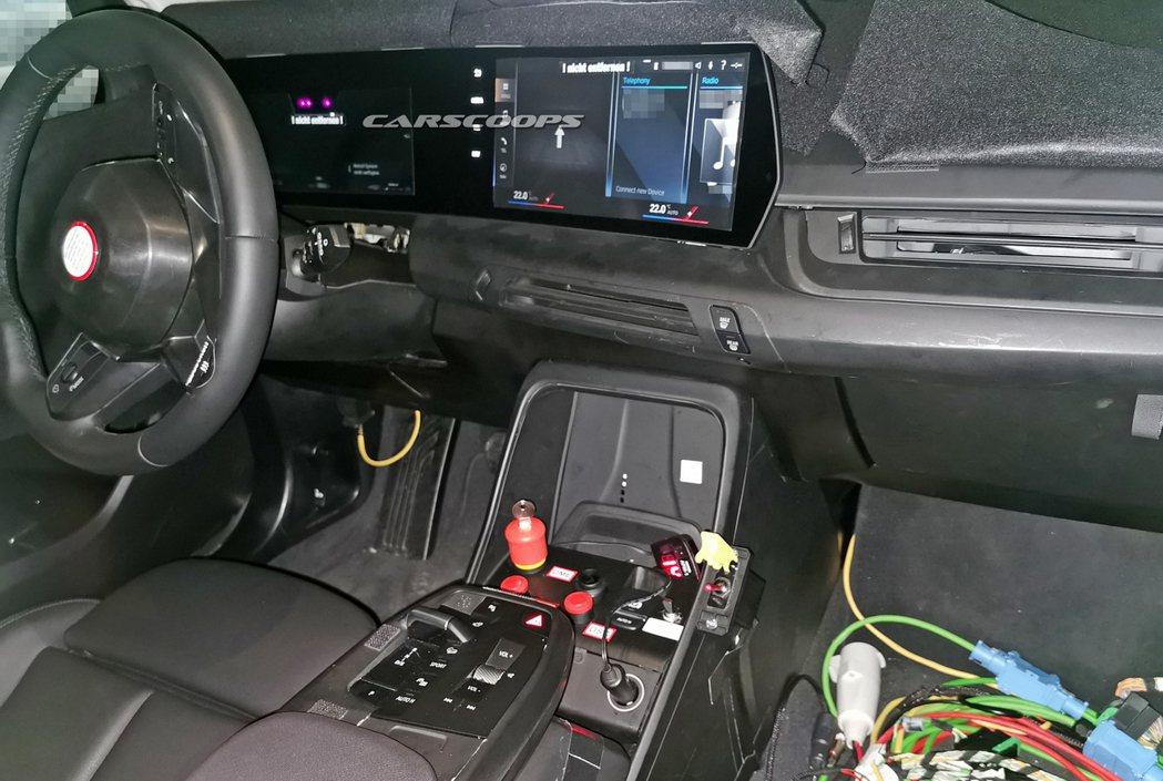 光是從無偽裝間諜照來看,就已感受到大改款BMW 2 Series Active ...
