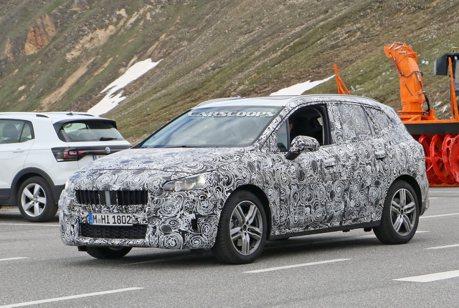 大改款BMW 2 Series Active Tourer又被抓到 內裝風格似乎不一樣了!