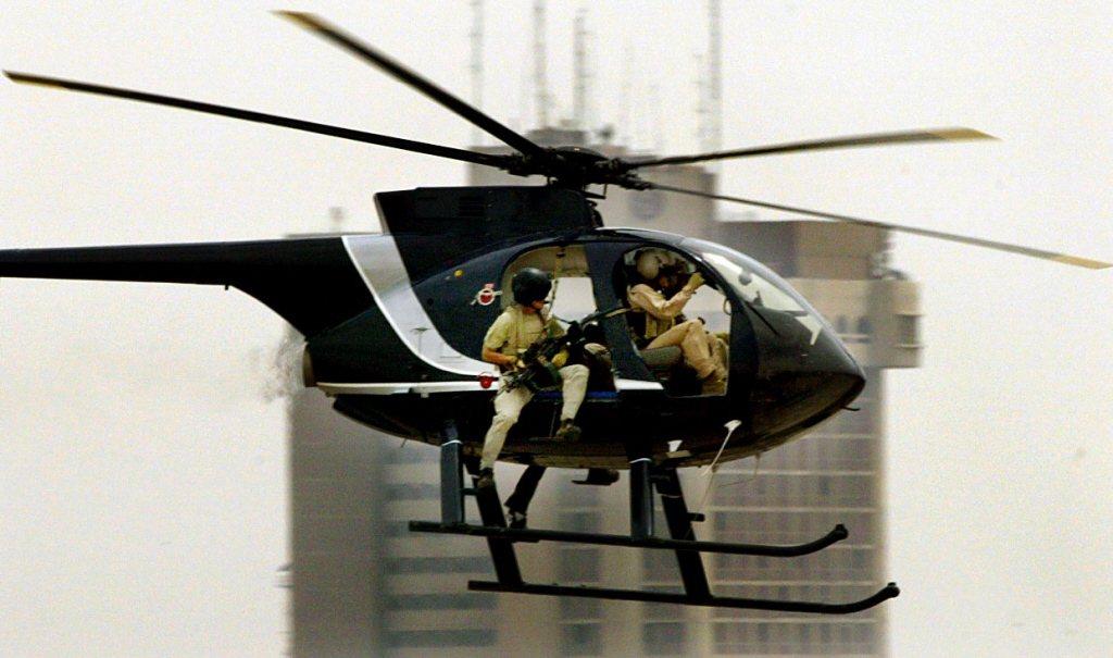黑水公司一架直升機飛越巴格達。 圖/法新社