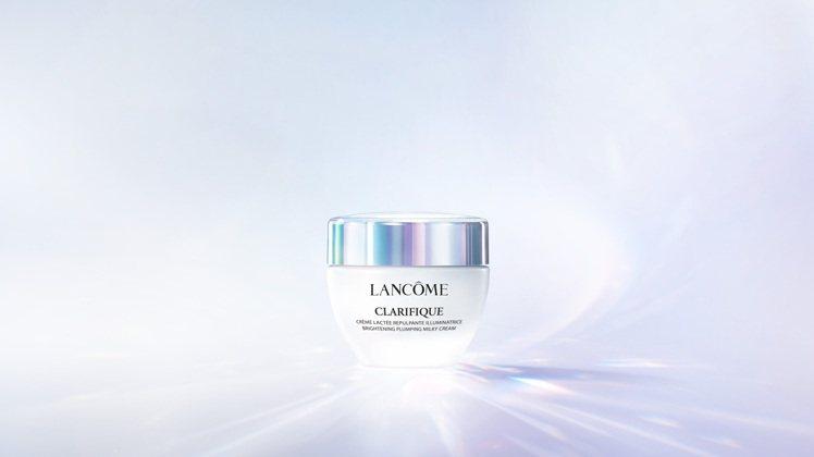 蘭蔻超極光亮白彈嫩保濕霜/50ml/3,000元。圖/蘭蔻提供