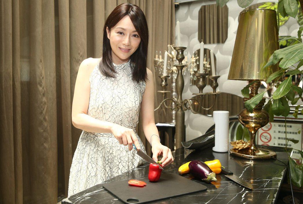 「美女主廚」劉韋彤即將推出新節目「Joanna丟安內」。記者曾原信/攝影