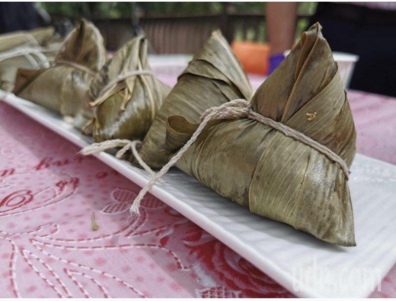 南部粽子糯米不炒直接煮,口感比較軟爛。 圖/本報資料照片