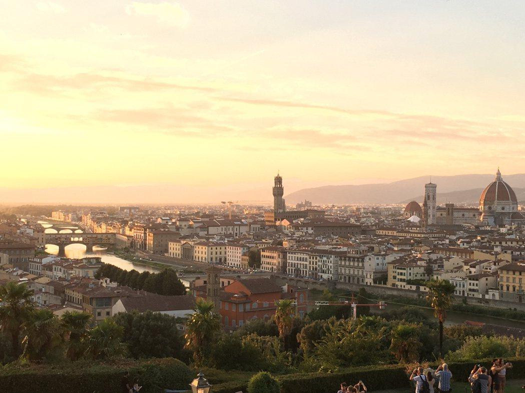 佛羅倫斯是文藝復興發源地,又是托斯卡尼的中心,有太多細節可探究。 圖/許育華拍攝