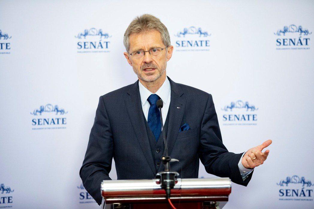 維特齊宣布將在8月底率團訪問台灣。 圖/取自捷克參議院(Senát Parlamentu ČR)