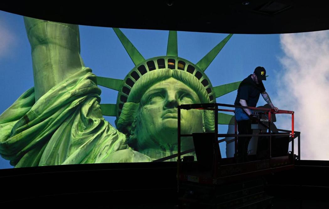 資歷要求多、職缺少、待遇差、升遷機會不明,幾乎是全球博物館業普遍的抱怨。圖為紐約...