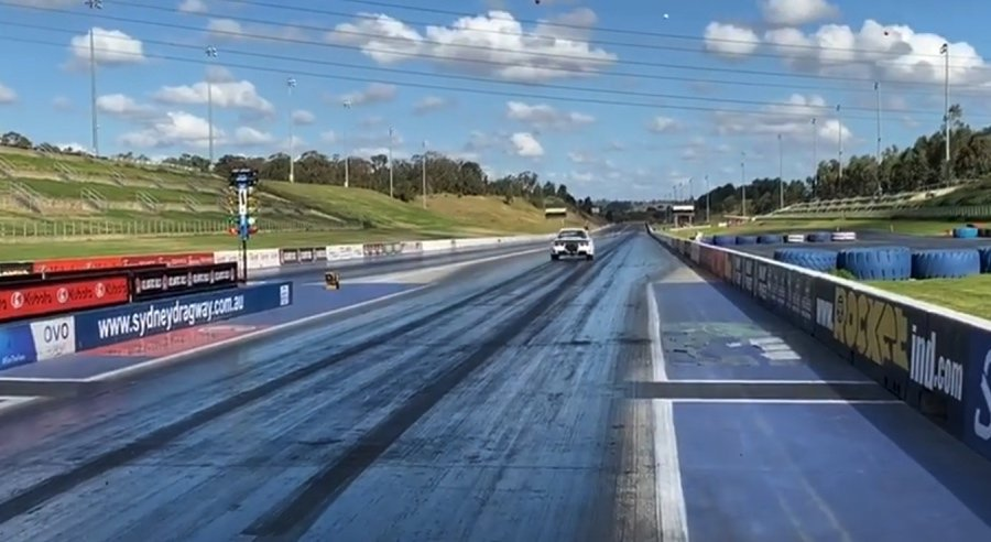 裁自Maatouks Racing影片