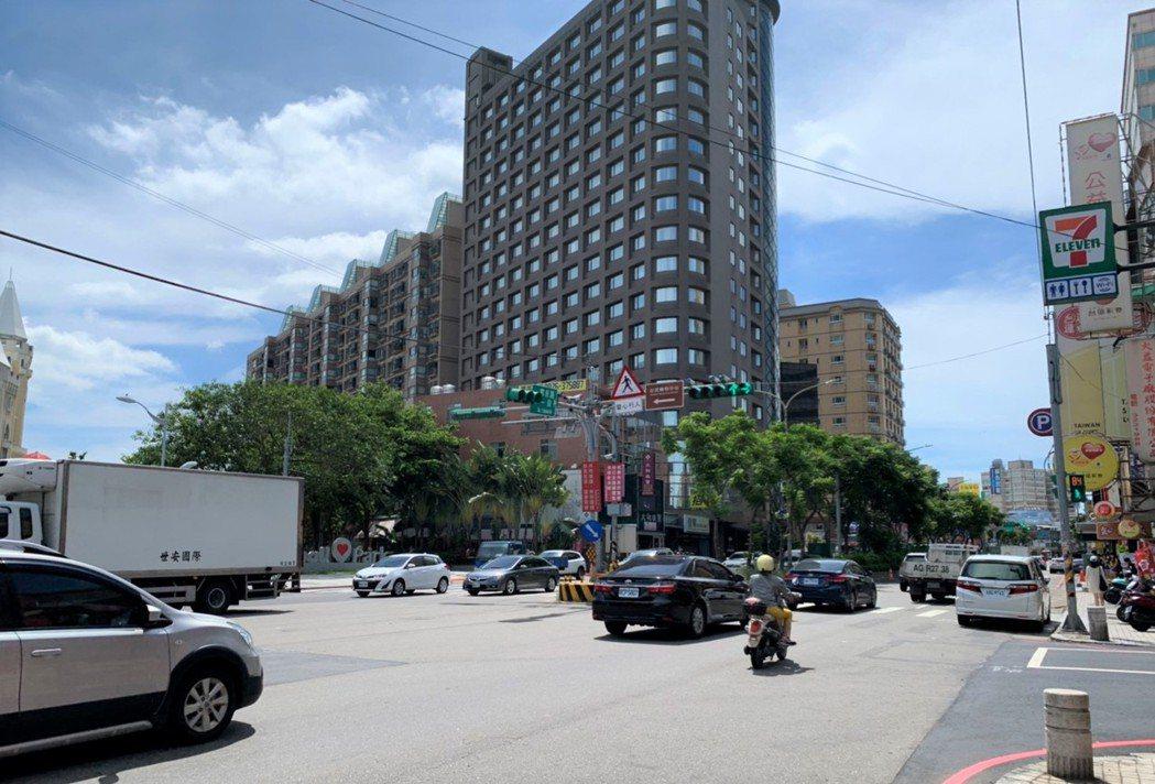 南坎地區街景。圖/台灣房屋提供
