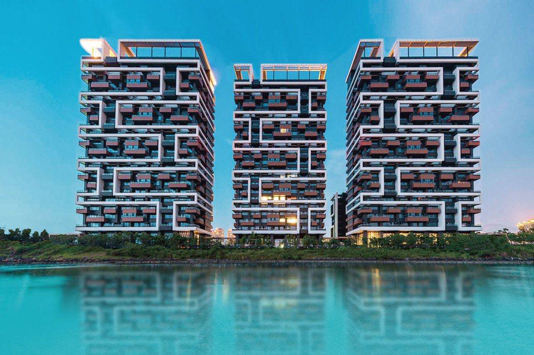 淡海新市鎮成屋案「海上皇宮」,平均成交站上4字頭。圖/截自官網