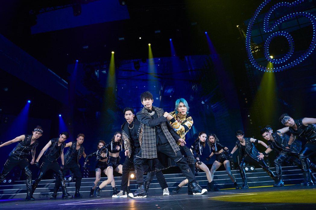 趁著演唱會延期,5566積極備戰。圖/華貴娛樂提供