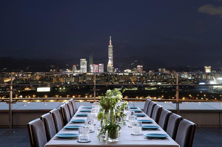 台北萬豪+大地酒店推出2泊4食的台北奢華輕旅行。圖/台北萬豪酒店提供
