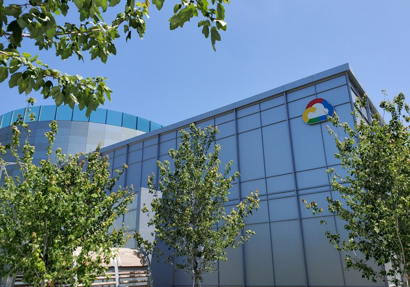 Google正在考慮將通往香港的海底光纖電纜改成別的地點。路透