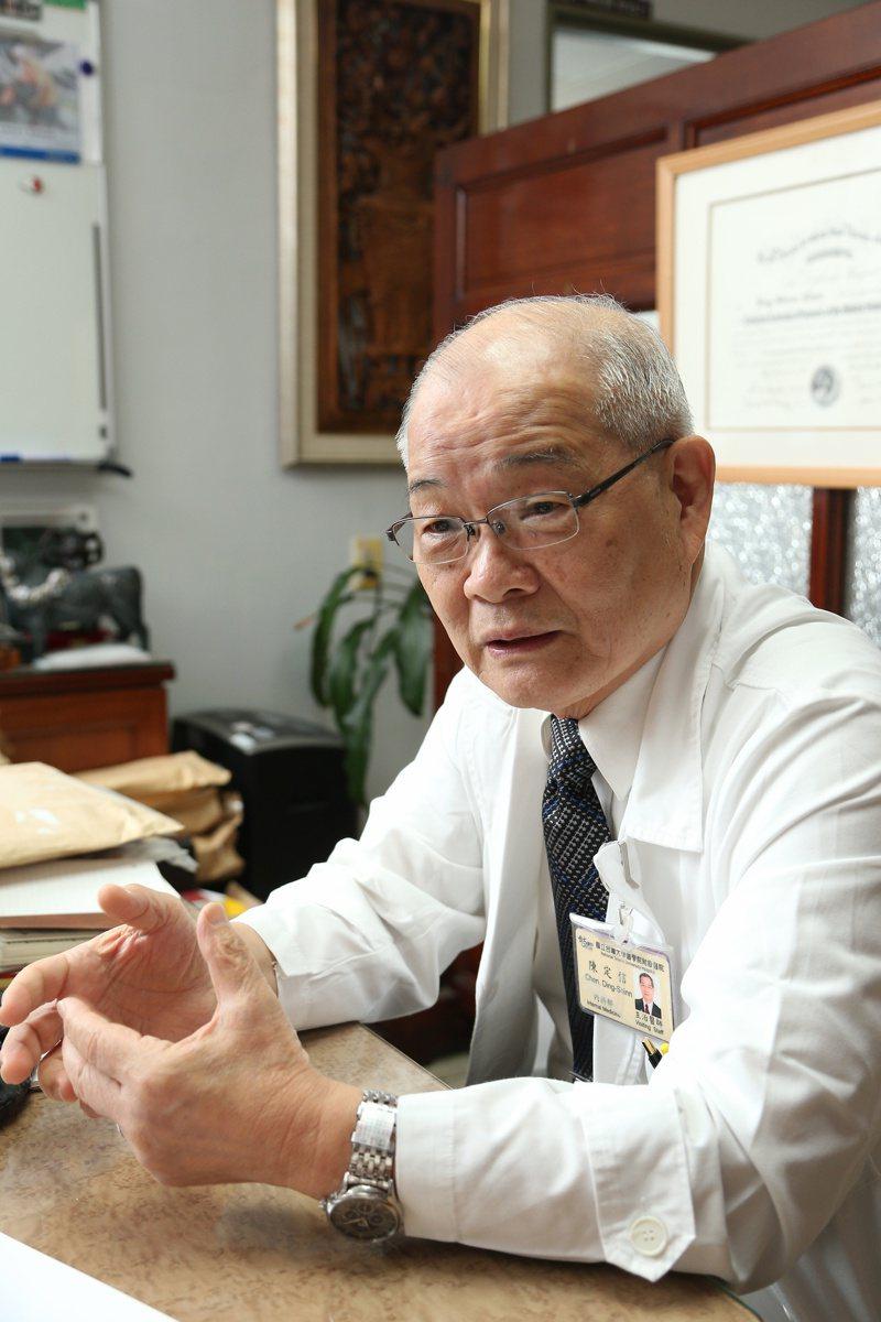 陳定信畢生從事B型肝炎研究,早年跟隨有台灣肝病之父美譽的已故台大醫學院教授宋瑞樓從事研究,發現台灣肝病的元凶是B型肝炎病毒,也發現B型肝炎病毒主要透過垂直感染,從母體直接傳染給新生兒。 圖/本報資料照片