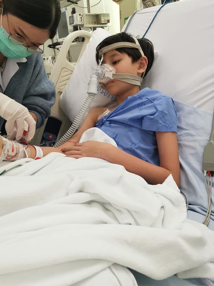 岳庭兒子目前住加護病房急救。圖/摘自臉書