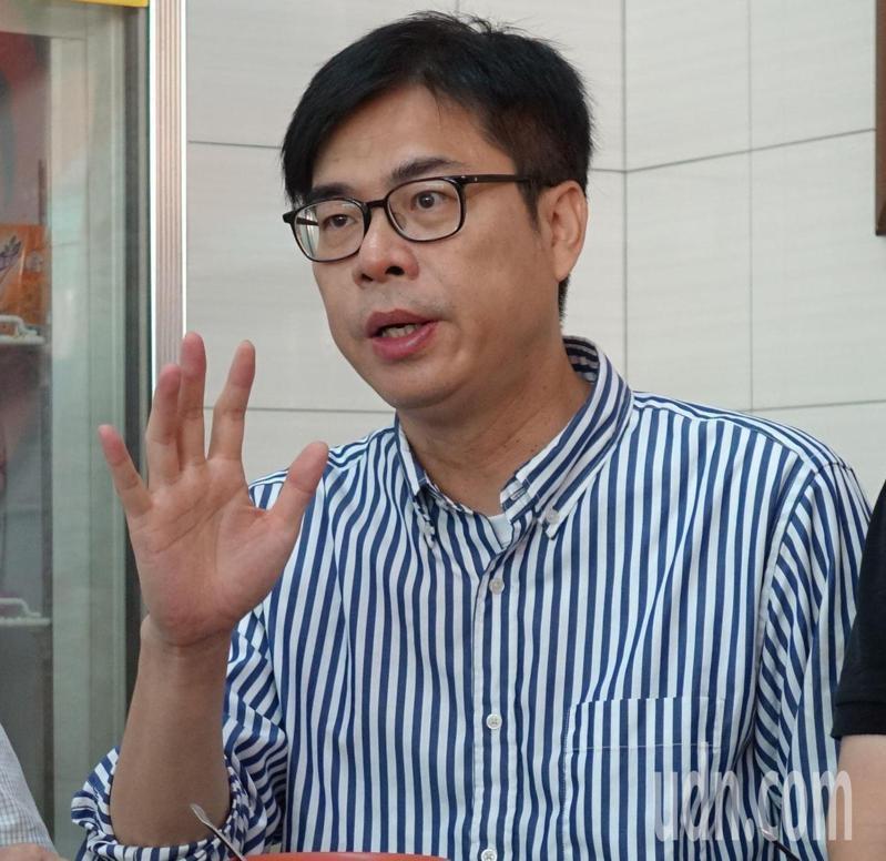 民進黨高雄市長補選參選人陳其邁全力拚選舉。記者楊濡嘉/攝影
